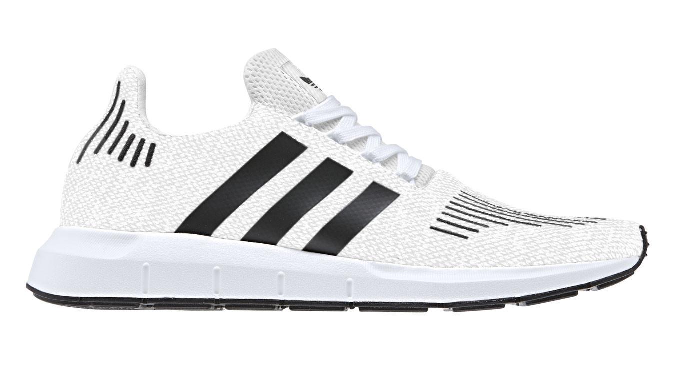 adidas Swift Run ftwr white